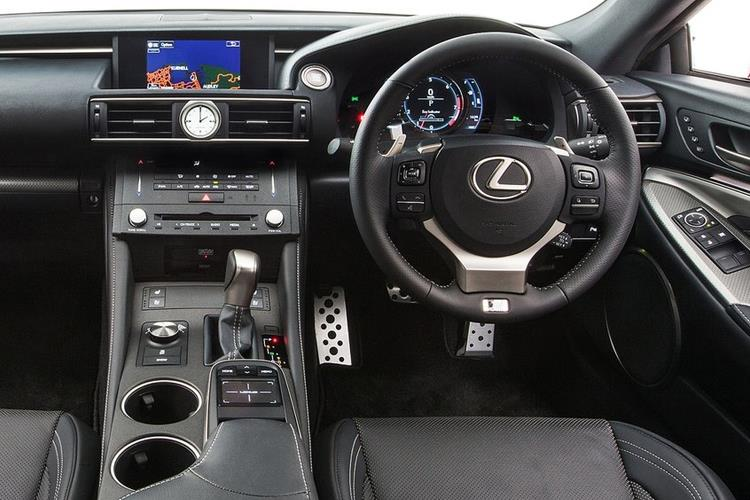 Lexus RC F Coupe 5.0 V8 463PS  2Dr Auto [Track SRoof] inside view
